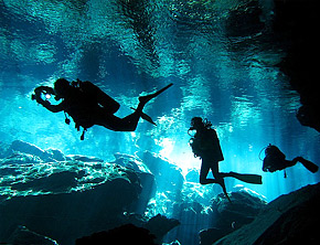 Cenote diving in Cancun