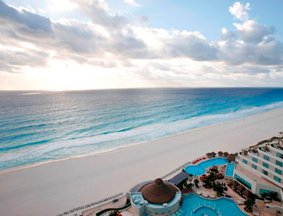 Cancun beaches recovered from seaweed