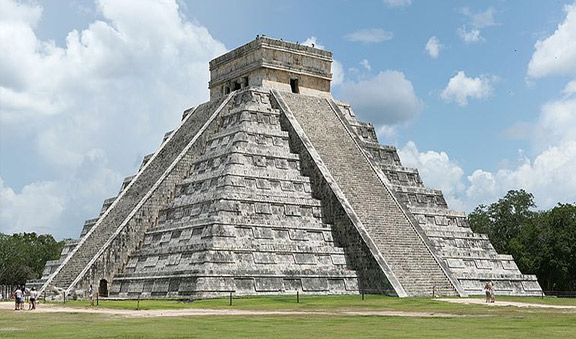 Pyramid at Chichen Itza Mayan Ruins