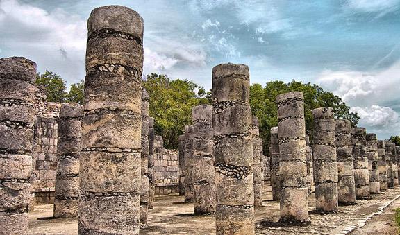 Thousand columns temple