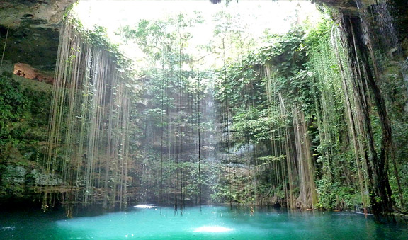 Chichen Itza and Cenote Ik-Kil