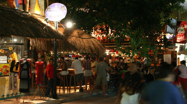 Lounges y bars en Playa del Carmen