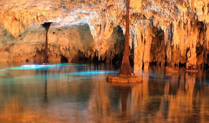 Sac-Actun Cavernas