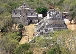 Mayan ruins buildings