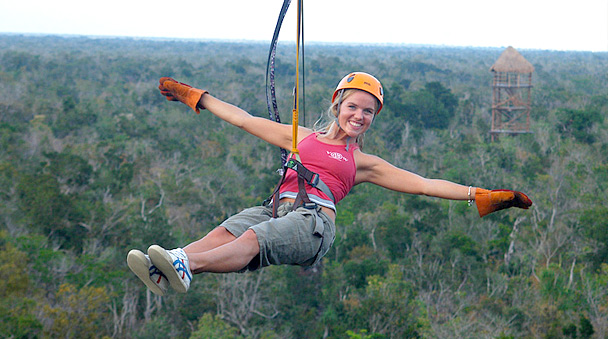 Get trilled in the zipline trough the jungle